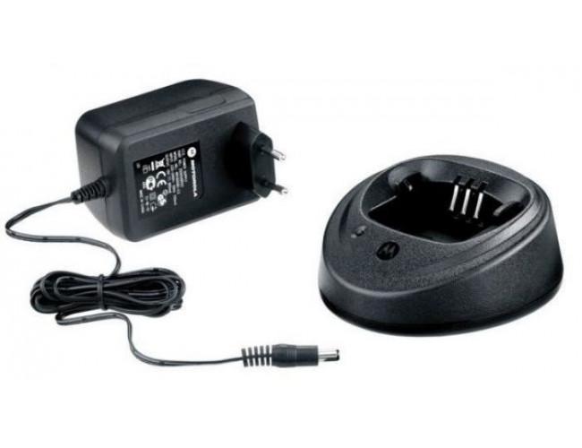 Быстрое зарядное устройство MOTOROLA NNTN8273
