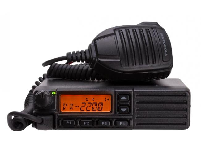 Автомобильная радиостанция Motorola VX-2200