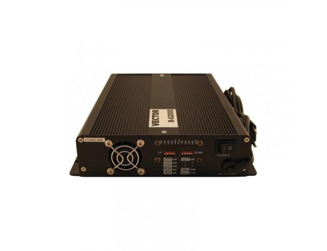 Стационарный GSM усилитель сигнала (репитер) Vector R-6200D